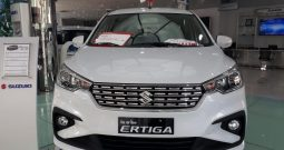 Suzuki New Ertiga Trắng
